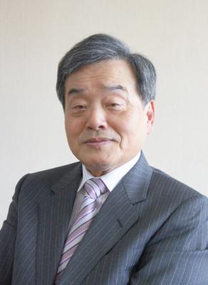 トップインタビュー 鬼武一夫氏...